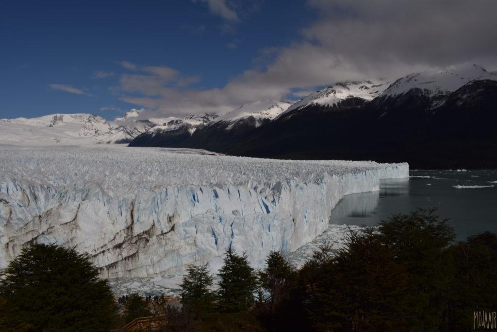 展望台からの氷河