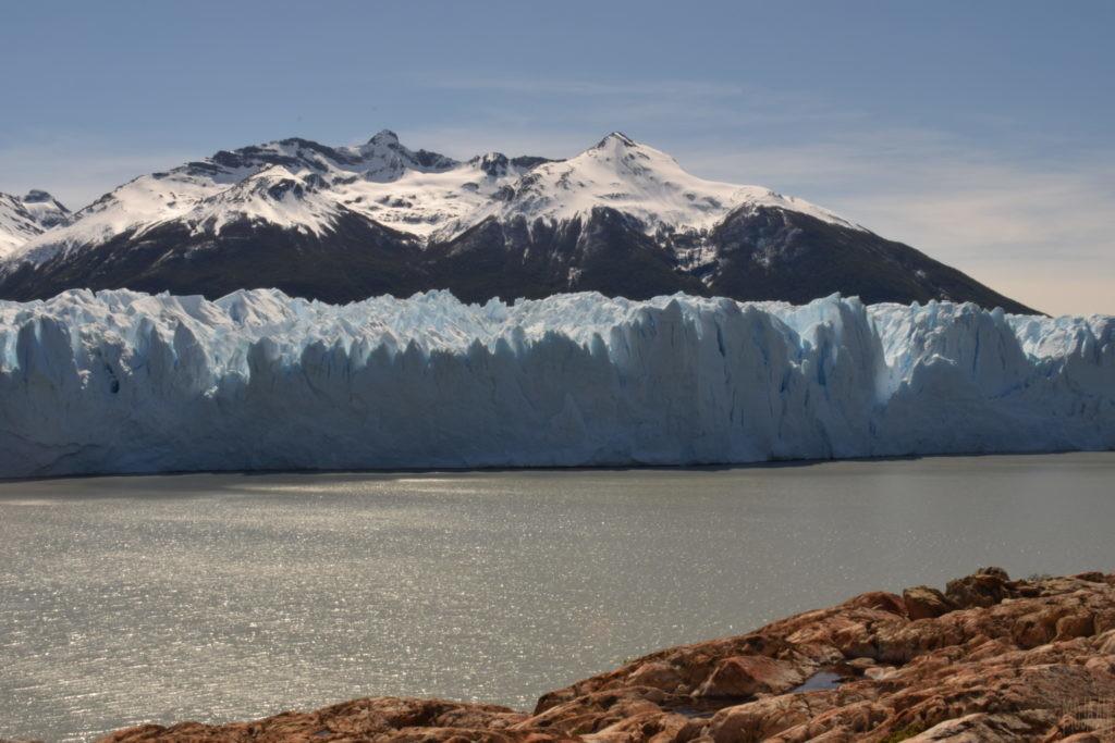 お弁当を食べたところから眺めた氷河