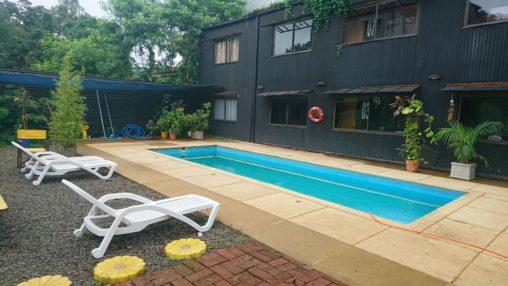 125hotel pool